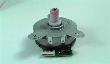 MOTOR PAPER FEED ASSY M601 RM1-8285-000