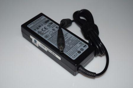 Adaptador portatil samsung 19v 4,74a AD-9019S